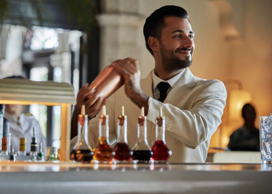 Bartender for wedding